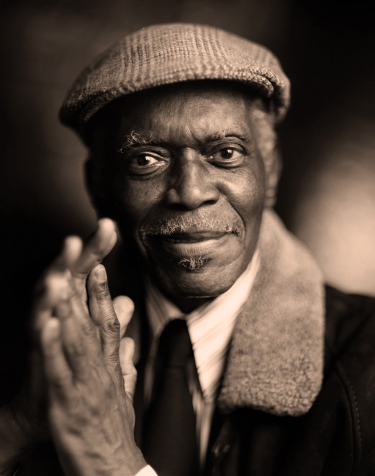 Hank Jones - Bringing a warm breeze to Stockholm.