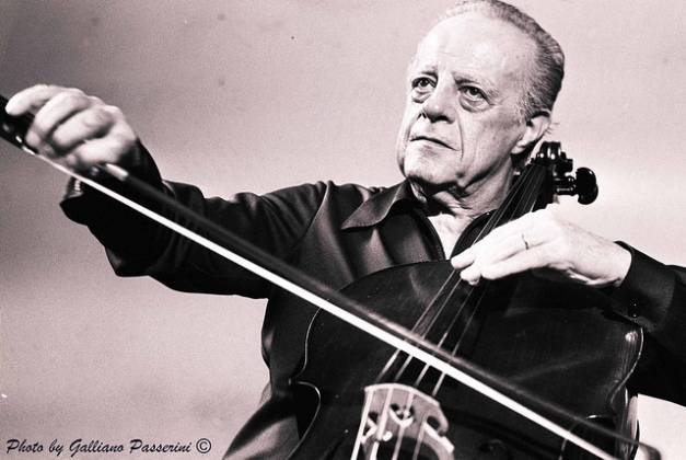 Andrè Navarra - one of the more eloquent exponents of French Cello playing.
