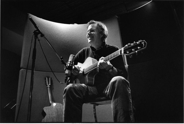 Leo Kottle - one of the great virtuoso guitarists.